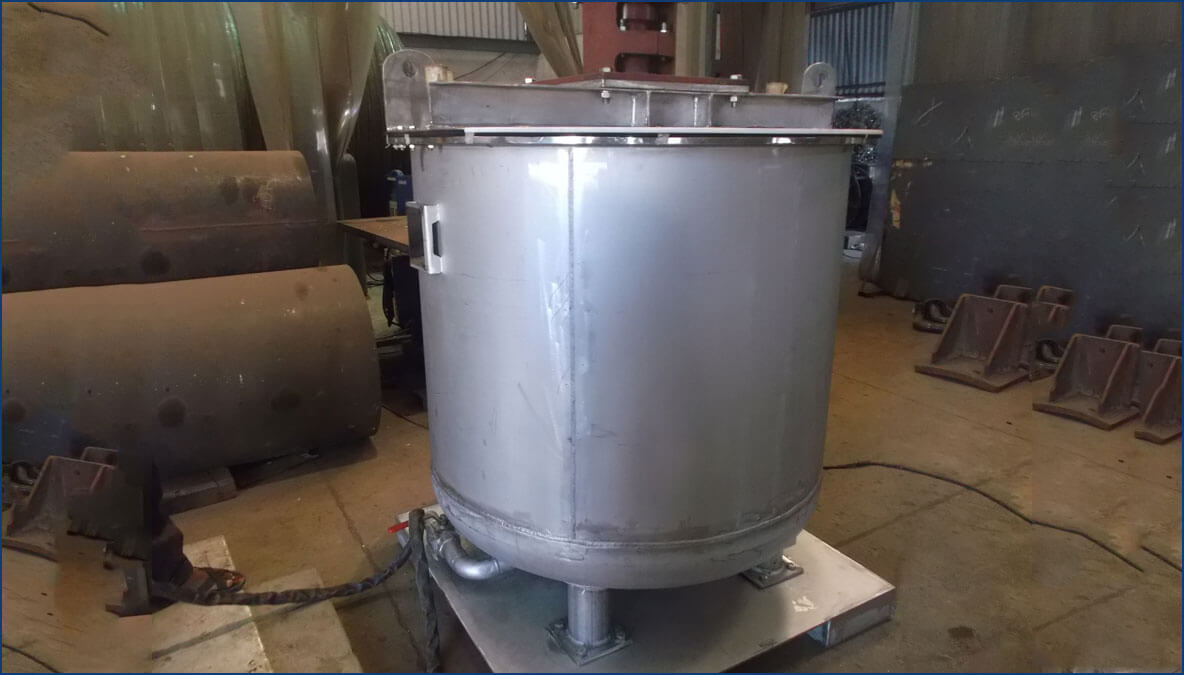 equipment storage tank